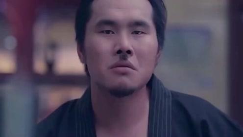 赌神大赛上,日本赌王根本就不是中国女赌王的对手,真是精彩