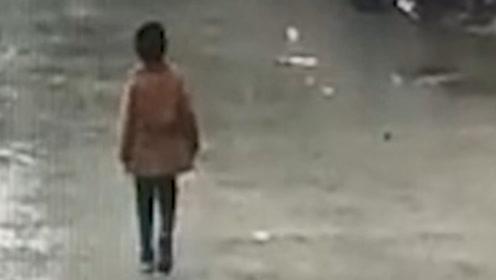 四川资中7岁失联男孩不幸溺亡  遗体在离家不远的化粪池找到