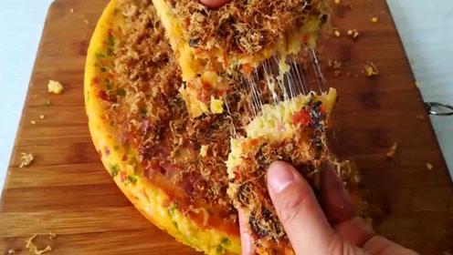 这样做出来的玉米肉松饼好独特哦,赶紧来试试吧,做法也简单易学