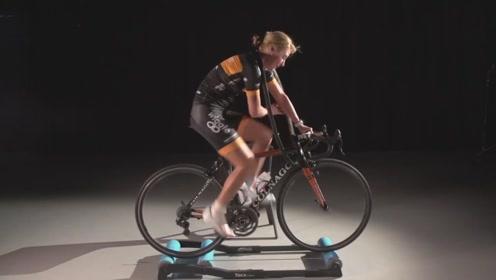 自行车手是如何训练平衡的?自行车离地而起,一般人坚持不了5秒