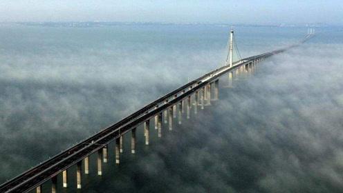 中国最惊险公路,离地60米高,老司机开上去也直接双腿发软!