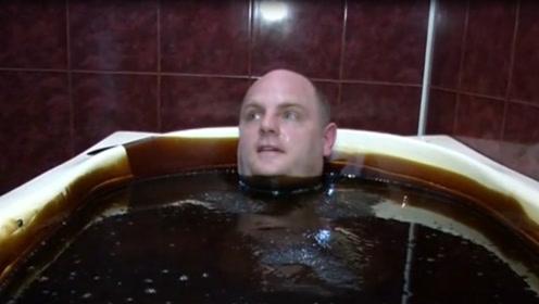 世界上最贵的澡堂,3000元洗一次澡,看到浴池的东西感觉值了!