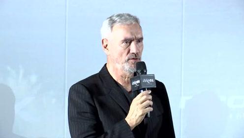 电影《决战中途岛》北京首映,导演罗兰·艾默里奇惊喜献身