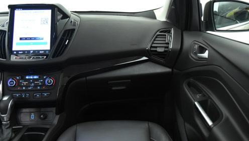 全系优惠26000元,起步6AT变速箱,标配自动空调,就是卖不动