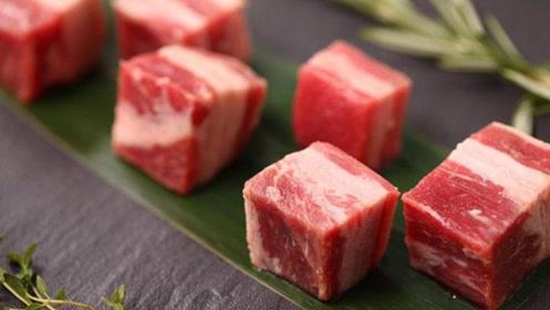 澳洲牛肉竟是粘出来的?专卖给中国人,看完都吐了