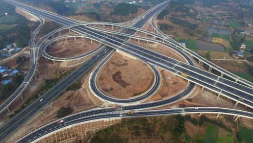 为何中国高速路都是弯的?难道是为了多收过路费?今天总算明白了!