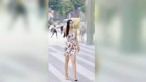 成都街头遇到的漂亮姑娘,这身材和颜值,给满分都不怕她骄傲!