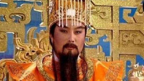 """他曾扮演《西游记》中玉皇大帝,回家祭祖时发现,冥币上印的是""""自己"""""""