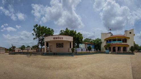 印度的土豪村庄:住别墅开飞机,难怪印度人觉得中国比印度穷?
