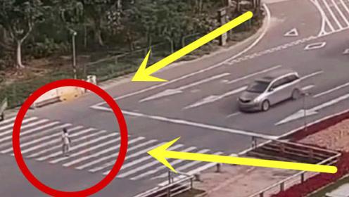 女子猖狂过马路,轿车司机主动礼让,不想给自己招来杀身之祸!