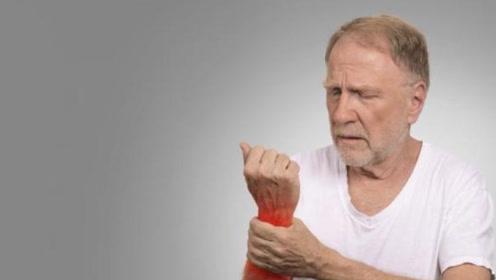 再3提醒:三种菜中嘌呤含量比较高,有痛风的你,最好少吃