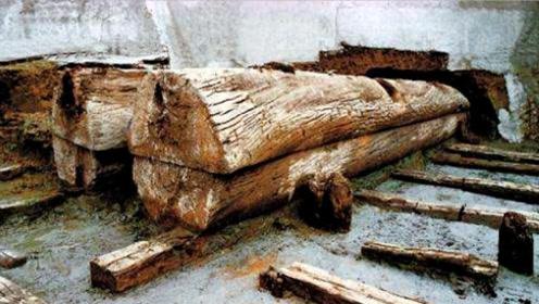 四川一食堂下出现古墓,专家赶到后立刻发掘,挖着挖着高兴坏了!
