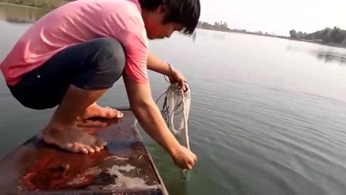 这就是所谓的,抛网一分钟,摘鱼半小时吗
