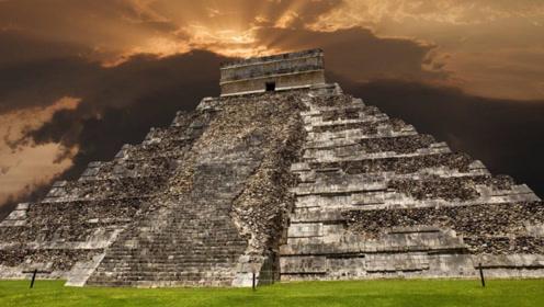 玛雅金字塔下惊现神秘水潭,科学家冒险进入,发现了一种奇特生物