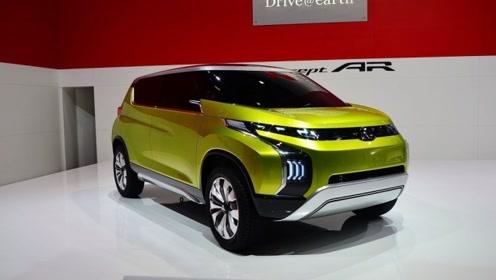 """三菱放出一只""""猛兽"""",新SUV全景天窗+1.5T四驱,仅8万块"""