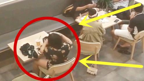 女孩刚拿到奶茶,没和转身就要走,老板会看监控脸都红了!