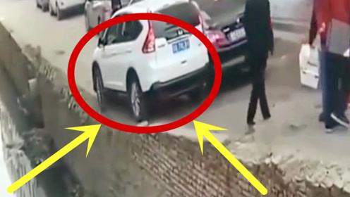 众人都阻止他前行,司机偏是不听,谁知下一秒太霸气!