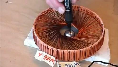 实验,给线圈通上电那刻,金属球快控制不住了!