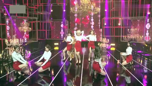 饭拍韩国女团,白色衬衫搭配红色短裙,让人眼前一亮