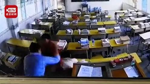 湖南一男子冲进教室殴打女教师后逃跑 警方:两人不认识 已立案调查