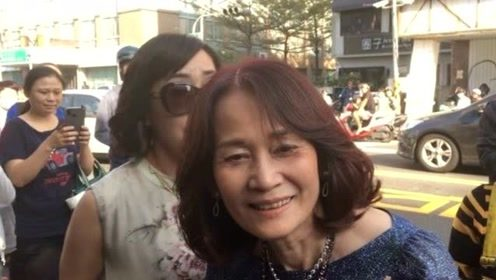 林妈妈见林志玲披婚纱笑开怀 谈女婿满意度这样说