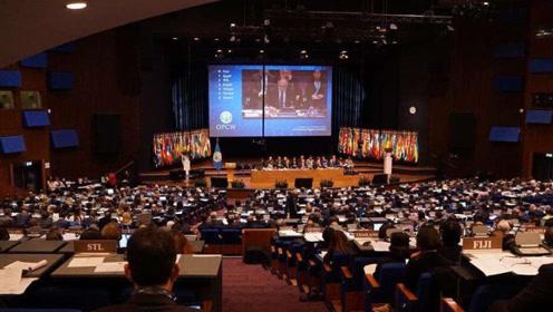 国际会场,中国代表重磅发声,世界传来和平之音,美国野心受限