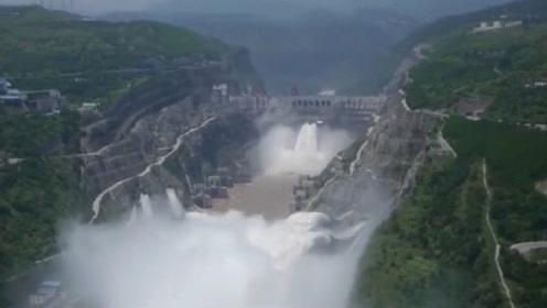全球最大的水库,储水量是三峡的4倍,为此还引发过地震!