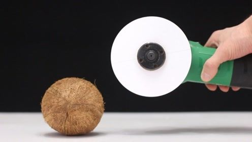 用A4纸制作的切割机效果如何 它还能切开椰子吗
