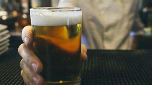 啤酒和白酒哪个更伤肝?答案或许和你想的不一样