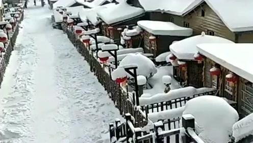 雪乡果然名不虚传,这里的雪景让人流连忘返,是个冬眠的好地方!