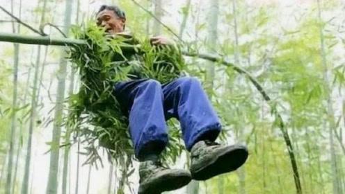 """中国最后一位""""竹海老人"""",70岁还自由飞越竹海中,技艺将要失传"""