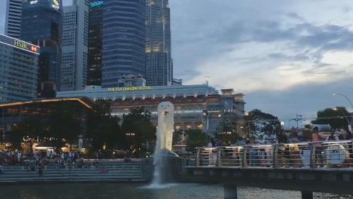 """新加坡的标志性建筑要被拆除,""""鱼尾狮""""成为历史,现在去还能看最后一眼"""
