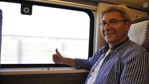 美国企业家到中国,首次搭高铁被惊艳:列车真的有在行驶吗?