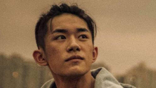 陆川赞易烊千玺:表现出了青年演员的责任与担当