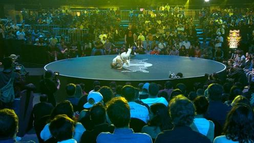 我就是我!舞台上就是最酷的舞者!来看Robin总决赛的表演!