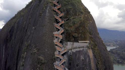 """10万吨的巨石被""""缝合""""!楼梯像上帝未完成的手术,这才叫艺术!"""