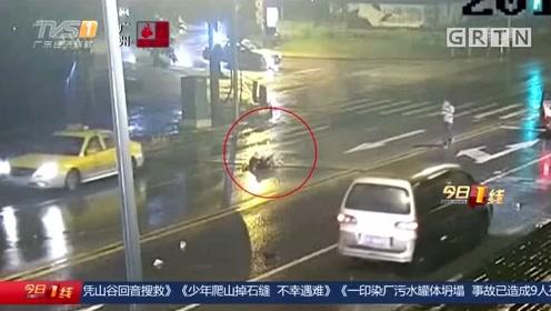 情侣深夜马路上吵架 女生不幸被撞身亡
