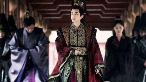 《庆余年》最神秘的两位配角,肖战再曝新剧照,女帝战豆豆超霸气