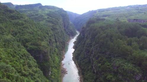 贵州大山美丽的大峡谷,壮观又惊险,值得一来的好地方