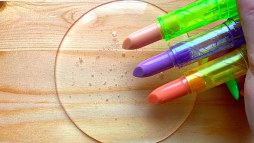 小姐姐用口红、眼线笔、眼影等给透泰染色,无硼砂,你喜欢哪一个