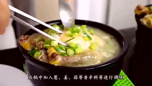 清炖鸡汤,很多人加错了水,难怪肉不鲜嫩,汤的腥味重