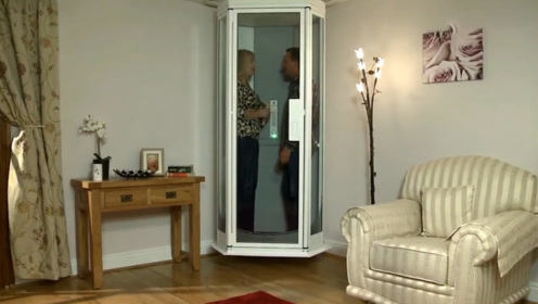 波兰发明新型小电梯,就算停电也能用,老人小孩不怕上楼梯了!