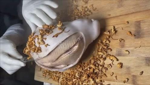 原来鸡肉还能这么吃,外面裹上一层面粉,烤出来的鸡肉汁水全都被锁住了!