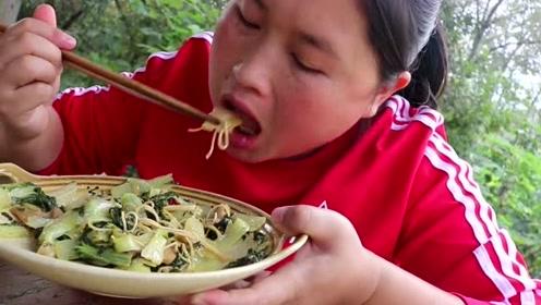 胖妹嘴馋吃正宗台湾牛肉面,下血本买3斤牛肉,这回终于过瘾了