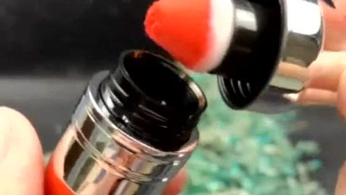 这是腮红还是唇釉,水水嫩嫩的,真是让人心情愉悦