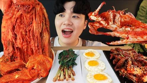 趣味吃美食:吃美味猪肉泡菜 螃蟹