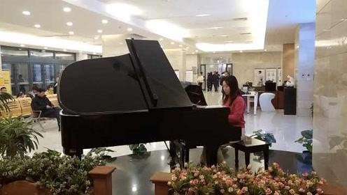 别人家的医院!医院放钢琴弹奏,患者:缓解紧张感