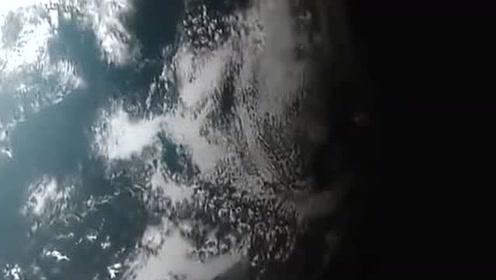 陨石坑是陨石砸出来的,陨石去哪里了呢?