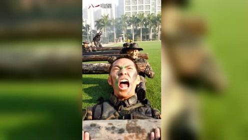 驻澳门部队特种兵极限训练。这,就是我们中国军人!