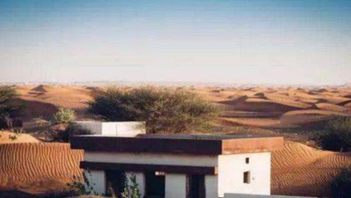 """迪拜的沙漠有一神奇""""鬼镇"""",只有白天出现,一到夜晚就消失!"""